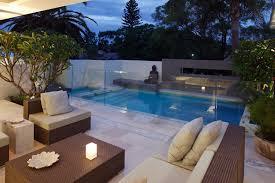 Pool And Outdoor Kitchen Designs Aviblockcom - Outdoor kitchen designs with pool