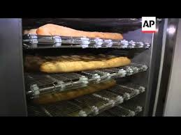 First Vending Machine Dispensed Unique First Vending Machine Dispensing Hot Baguettes Launched YouTube