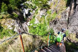 Außentreppe hollywood mit podest (gerader ausstieg). Die 1000 Stufen Schlucht Wandern Am Meraner Hohenweg