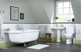 apartment bathroom decor. Bathroom:Evergreen Old And Classic Decor Designs For Bathroom Best Way To In Apartment B