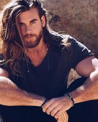 Der Erste Und Einzige Mann Mit Langen Haaren Der Mir Gefällt