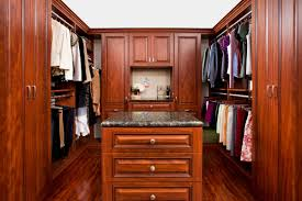 Walk In Closet Walk In Reach In Closet Systems In The Eastern Massachusetts Area