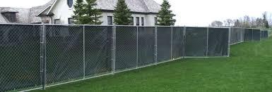 temporary yard fence. Slide Image 1; 2 Temporary Yard Fence V