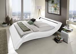 Und Teppich Gebraucht Schlafzimmer Vorm Schrank Uberbau Bett Feng