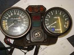 yamaha rd 400 clocks speedo 140mph amp rev counter red line 8500 yamaha rd 400 clocks speedo 140mph amp rev