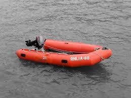 """Résultat de recherche d'images pour """"dinghie de sauvetage"""""""