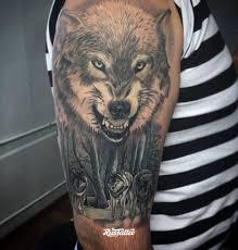 фото татуировки волк в стиле реализм татуировки на плече