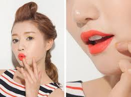 images?q=tbn:ANd9GcTCtLI5IvKcK8kS529fn6EGFbR0W3QiCBDPHpduuxzf75Ndn3o9PQ - Dịch vụ phun thêu môi nữ lụa bóng ở tại tpHCM