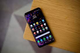 Samsung To Iphone Emoji Chart 2018 Iphone Xr Vs Samsung Galaxy S9 No Contest Trusted Reviews