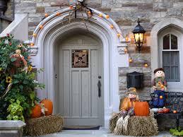 Halloween Home Decor Ideas in Front of Door with regard to halloween home  decor How to