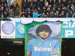 Quién era gustavito robledo, el joven con síndrome de down que se convirtió en emblema de una causa y. Tremendo El Emotivo Relato De Insigne Del Napoli Con Maradona Como Protagonista Sports Illustrated