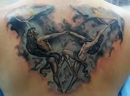 татуировка знака зодиака весы фото тату знак зодиака весы