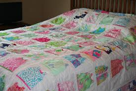 Queen size shift dress quilt made with Lilly pulitzer fabric & 🔎zoom Adamdwight.com