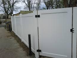 6 Vinyl fence Andrew Thomas Contractors Denver CO