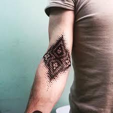 татуировка тела на левом берегу в киеве отзывы о салонах цены адреса