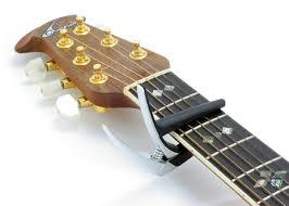 Hướng dẫn cách thay dây đàn guitar điện