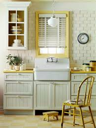 Small Cottage Kitchen Cozy And Minimalist Cottage Kitchens The Kitchen Inspiration