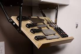 Drop Block Under-Cabinet Knife Blocks | DudeIWantThat.com