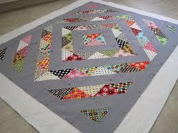 Modern gender-neutral baby quilt/play mat made with half square ... & Modern gender-neutral baby quilt/play mat made with half square triangles. I Adamdwight.com