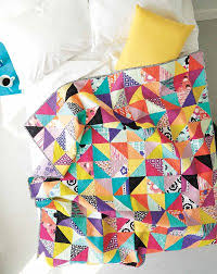 Patchwork Quilting: Master the Half-Square Triangle - Quilting ... & Anyone wondering how to make a patchwork quilt with their scrap stash or  using some of the fun, new commercial fabrics should learn the half-square  triangle ... Adamdwight.com