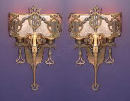 antique tudor lighting. item code: wal20130603002 sold year : 1920-1930 antique tudor lighting