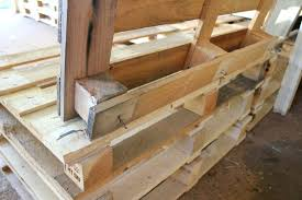 How To Make Pallet Furniture Make Pallet Furniture How To Make A
