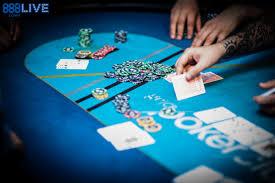 How To Deal Poker As A Pro Poker Dealer 888 Poker