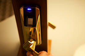 How To Unlock A Locked Door Biometric And Other Locks Fail To Foil Hackers At Defcon Wired