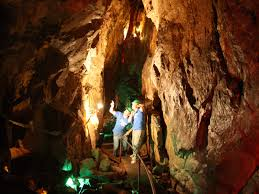 Parc <b>de</b> la caverne Trou <b>de</b> la <b>Fée</b> - Desbiens | Outdoor and ...