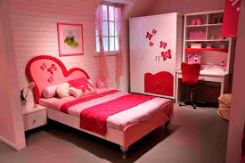 Modern and romantic red bedroom ideas