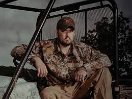 Hog Hunting With Marcus Luttrell – Texas Monthly