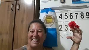 HOLA 23 DE FEBRERO 2020 | Mirror selfie, Selfie, Scenes