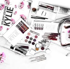 kylie jenner revealed her kylie cosmetics holiday makeup collection and it s mive glamour