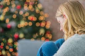 Αποτέλεσμα εικόνας για καταθλιψη χριστουγεννων