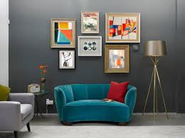 design the wall behind the sofa