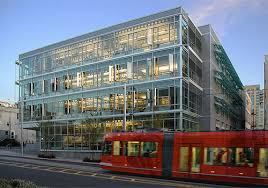 Office building facades Contemporary Comparative Results From Facade Design Tool For Scenarios For Southfacing Office In Chicago Buildingbutler Windows For Highperformance Commercial Buildings