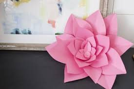 Make Flower With Paper How To Make Large Paper Flowers