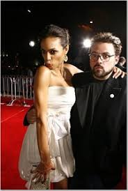 Rosario Dawson Knows Nothing of Kevin Smith's Romantic Comedy – /Film