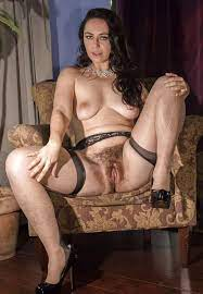 Natural Mature Women Adult Pictures Hq