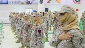 """سعودية حسناء"""" تخطف الأنظار بعد حملها للسلاح الثقيل في جيش السعودية (شاهد  صورها)"""