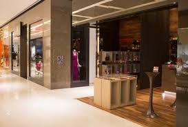 Creative Retail Jobs How To Find Retail Jobs And Stand Out From The Competition