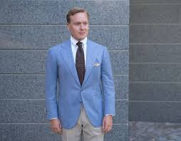 Colors To Wear With Light Blue How To Wear A Light Blue Summer Sport Coat