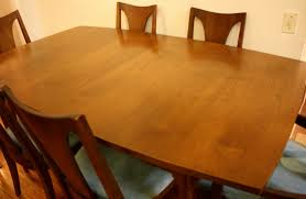 Broyhill Attic Heirloom Dining Table Broyhill Attic Heirlooms Dining Room Set Broyhill 5399 42 4x85