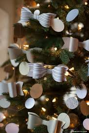 lia griffith paper bow ornaments