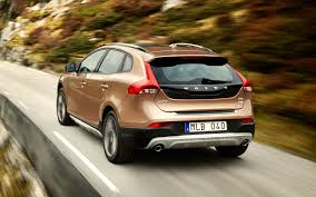 Get Outdoors: Volvo V40 Cross Country Revealed, Bound for Paris