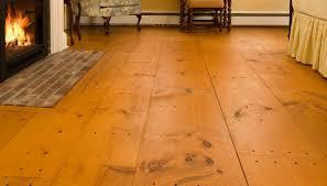 wide pine flooring designs