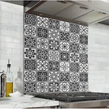 Fond De Hotte Carreaux De Ciment Noir Et Blanc Credence Cuisine Deco