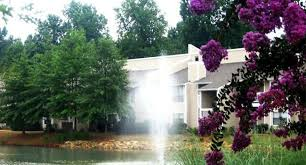 image of arbor ridge apartments on west friendly in greensboro nc