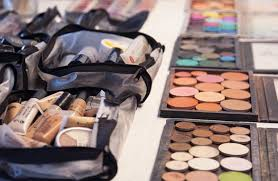 yes all makeup is not created equally organically or free decide what kind of makeup you d like to have in your kit ensure you have makeup for