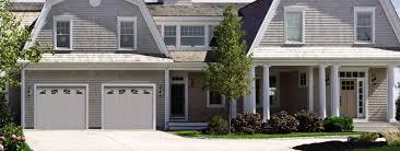 Spectacular American Garage Door In Modern Home Decoration Ideas ...
